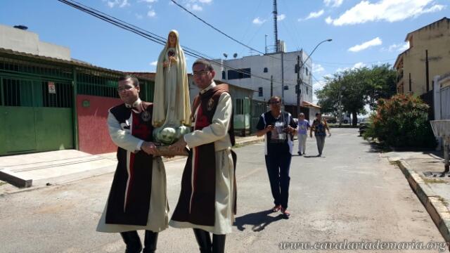 Em Brasília – DF, na Paróquia São Domingos Sávio do Riacho Fundo, visitas da imagem peregrina