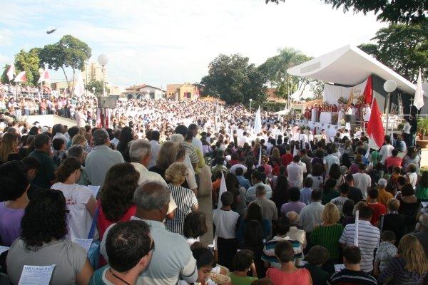 Multitudinario encerramento das Missões Marianas no Santuário Nossa Senhora da Piedade.