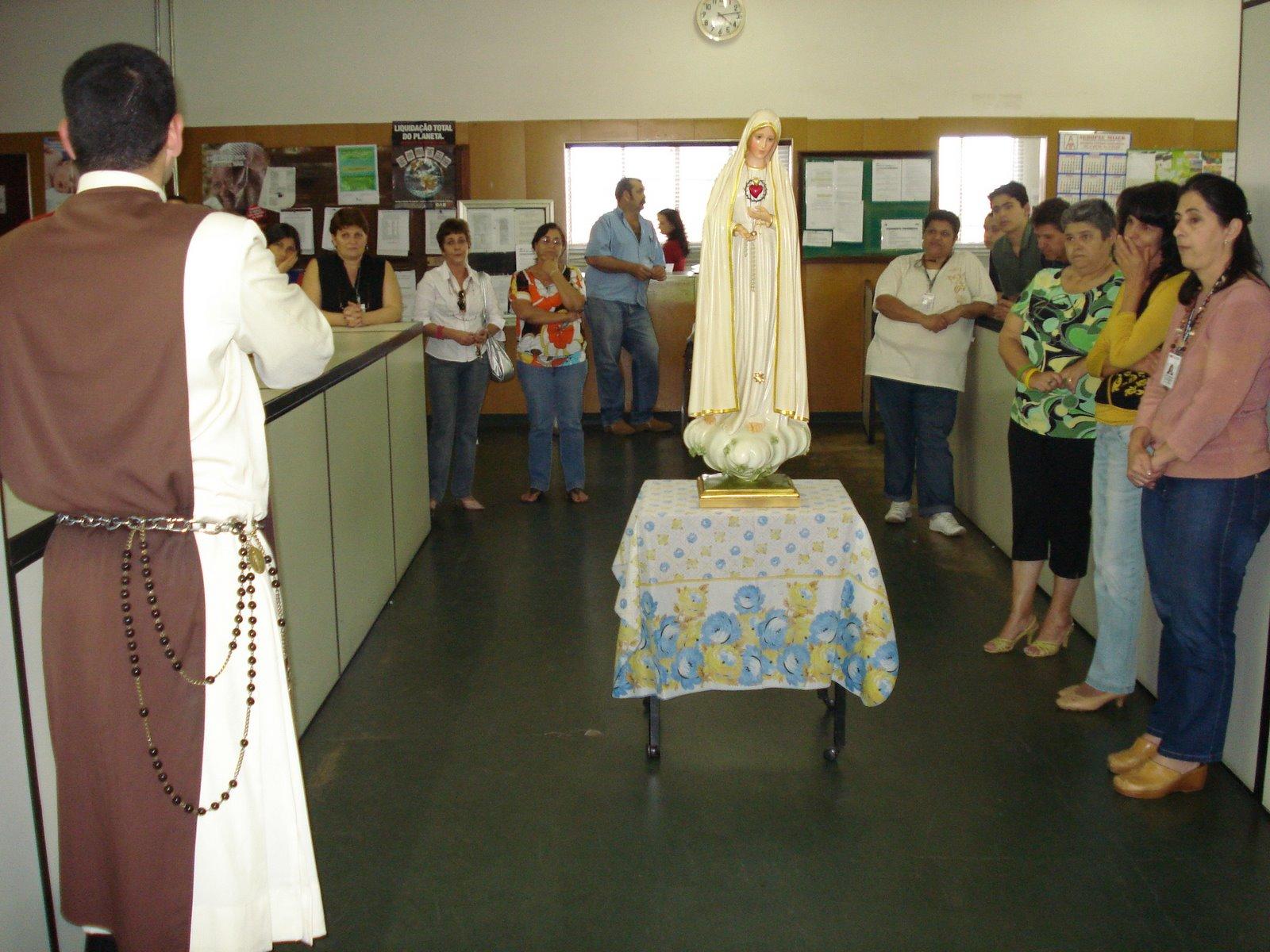 Imagem de Nossa Senhora é acolhida no Fórum de Pirajuí – SP