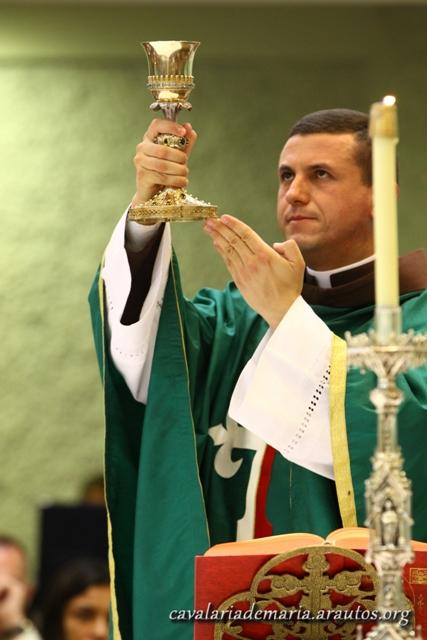 Celebrações eucarísticas na Paróquia Nossa Senhora dos Pobres, em Paranoá – DF
