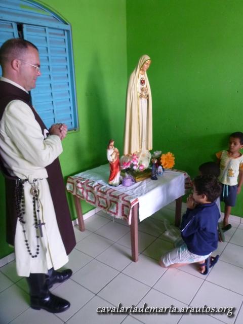 Visitas da imagem peregrina na Paróquia Santa Maria dos Pobres, em Paranoá – DF