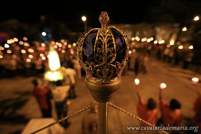 Em Sorocaba – SP, na Paróquia Nossa Senhora de Fátima, procissão luminosa